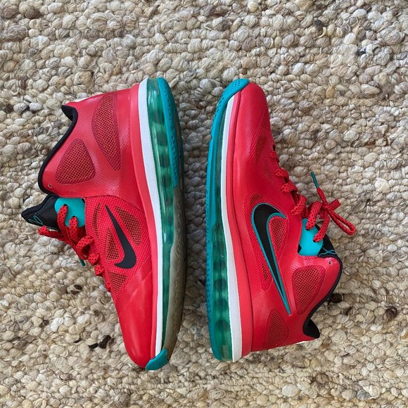 Nike Shoes   Lebron 9 Low Liverpool